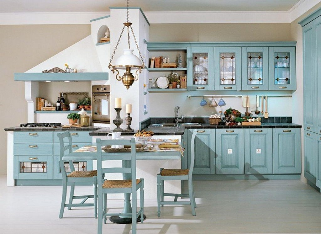 une idée pour la décoration des meubles en bois en bleu