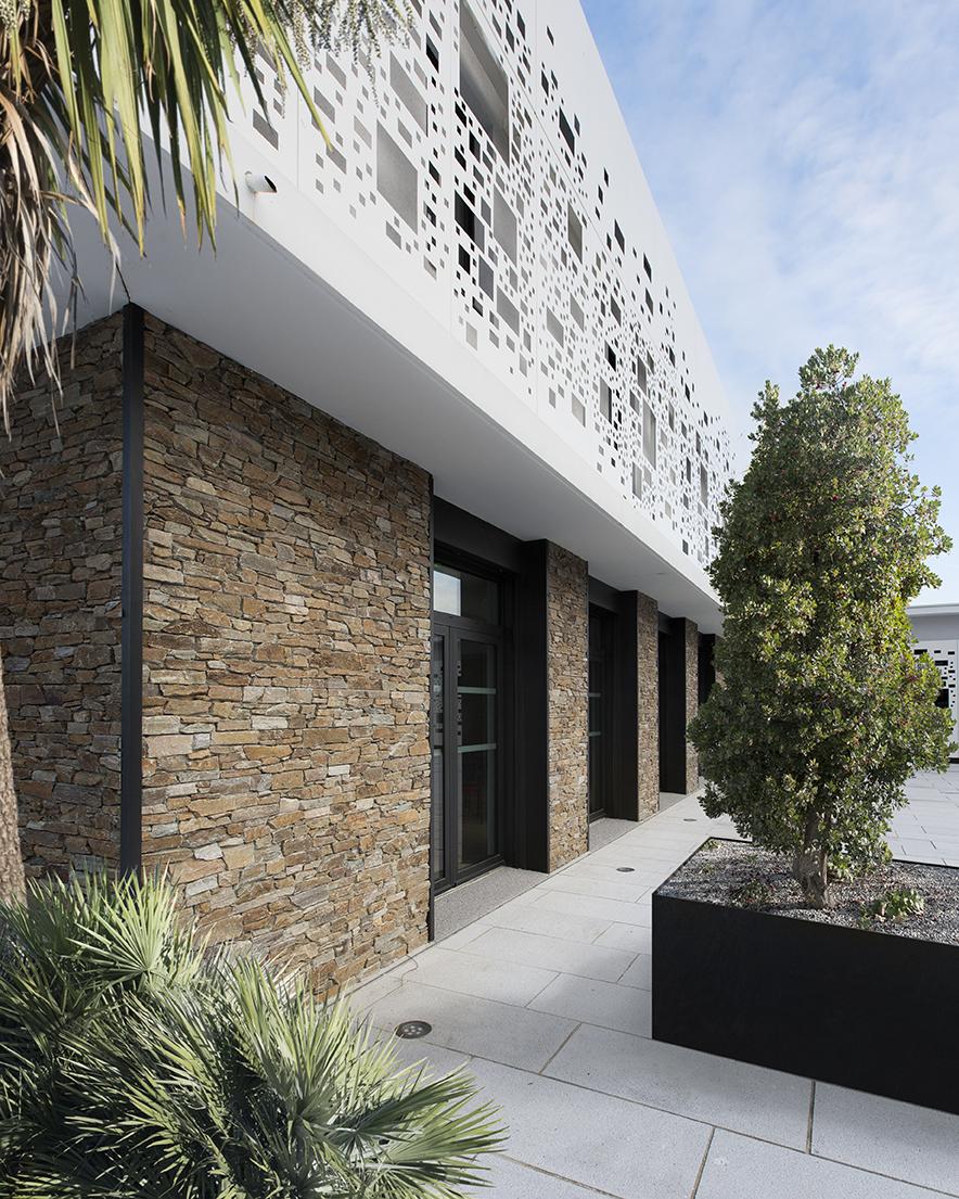 décoration en pierre moderne pour le mur extérieur de la maison