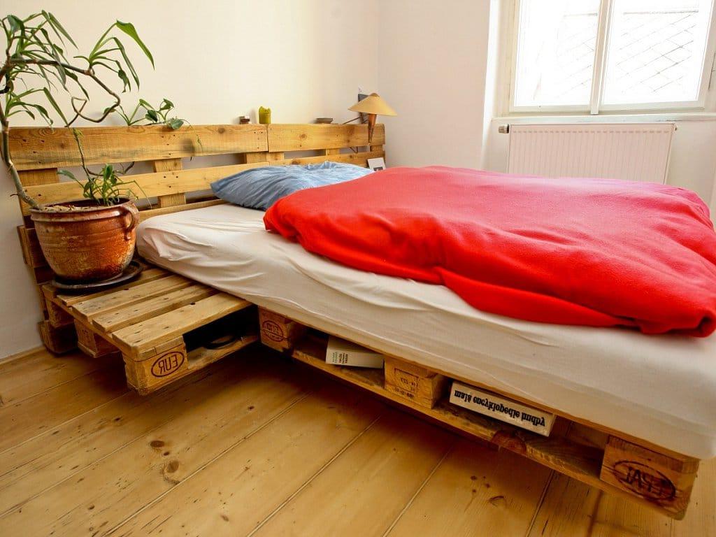 Une idée pour un lit de palettes