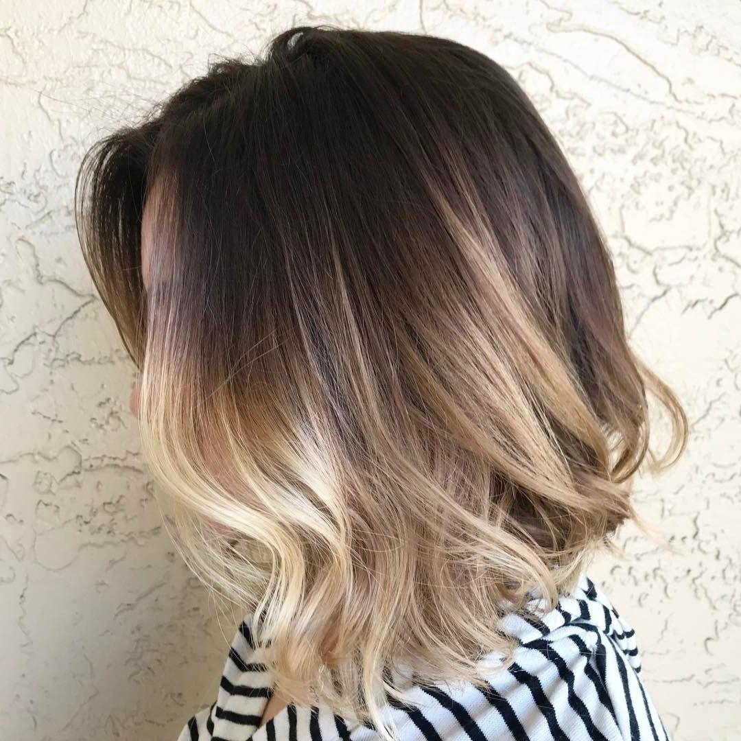 Les nuances cendrées donneraient du caractère à vos cheveux blonds