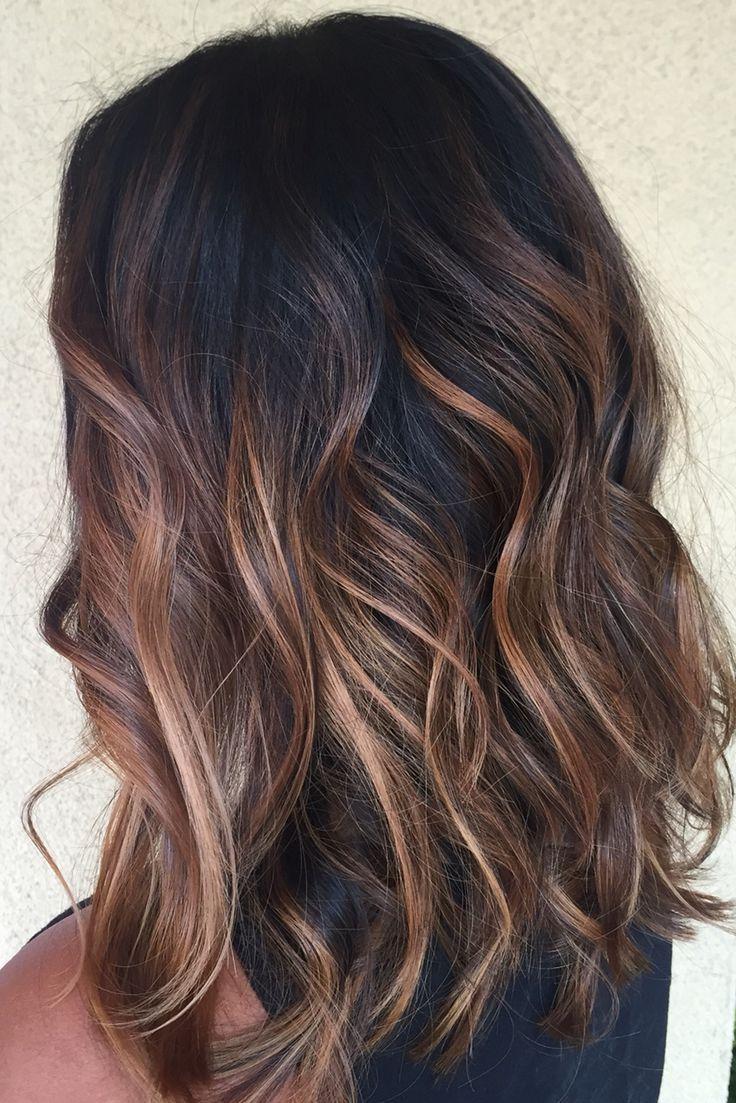 Le balayage vous permettront de booster votre couleur de cheveux avec moins de contraintes