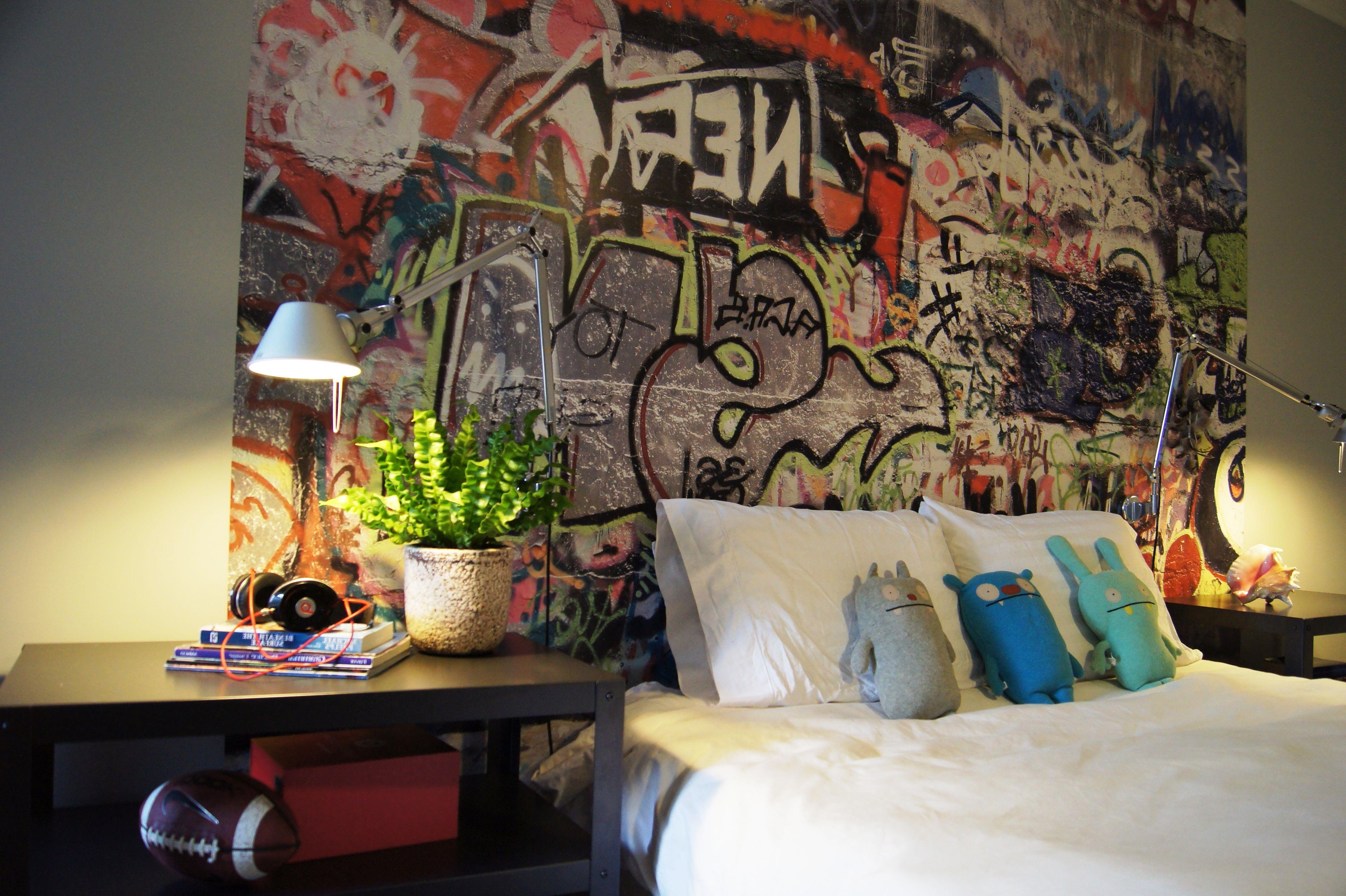 Une autre conception intéressante avec des graffitis.