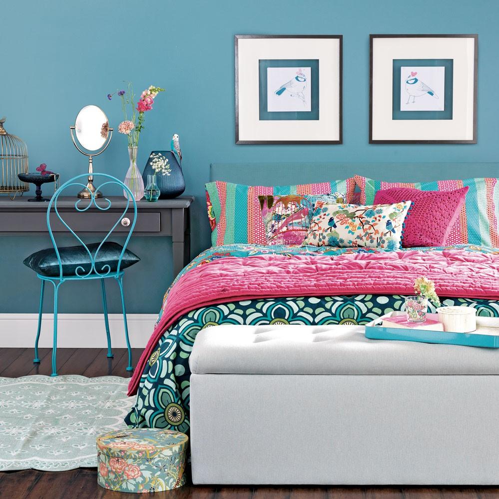 Passez en revue les tendances de couleur cette année - le bleu est très populaire en ce moment.