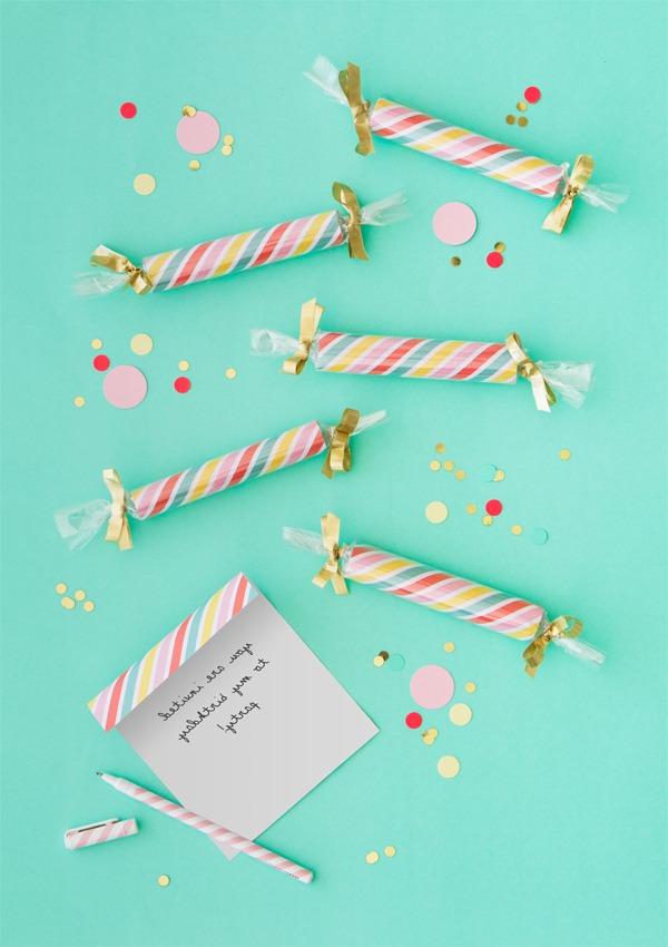 Faites les invitations d'anniversaire surprenantes!