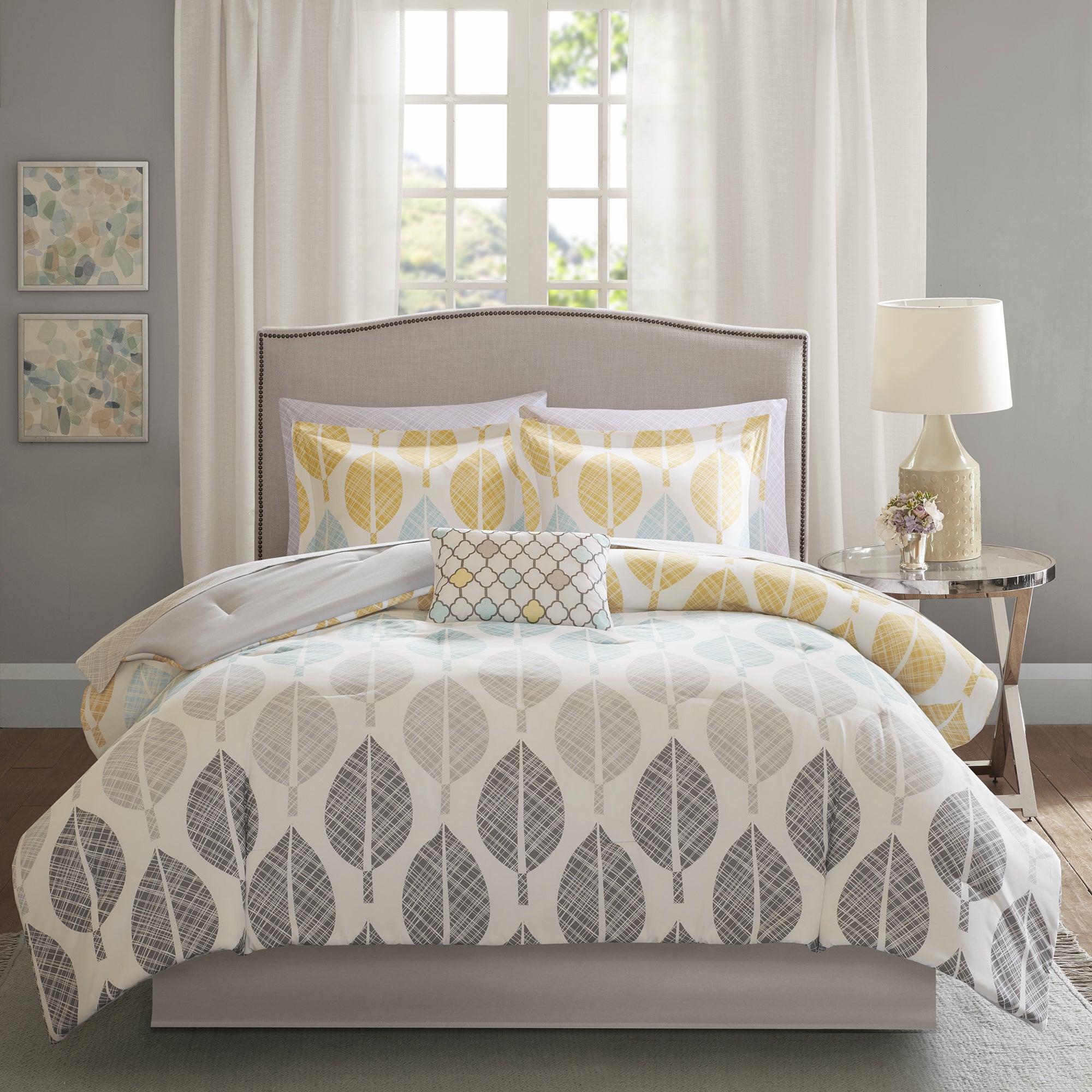Un linge de lit de couleur pastel claires