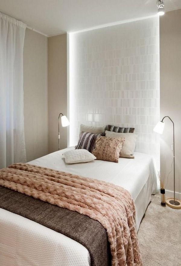 Les luminaires composés de différents matériaux comme le verre, le bambou, les fibres textiles vous permettent de donner une allure originale à votre intérieur.