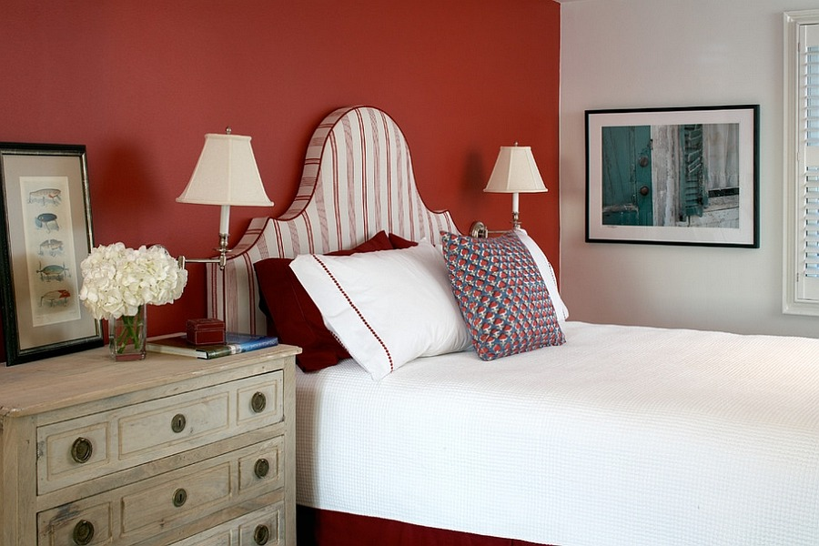 Déco chambre blanc et rouge - vous vous sentirez toujours comme dans un hôtel 5 étoiles.