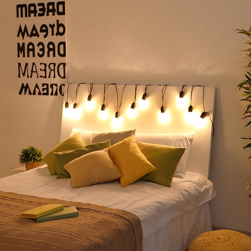 Les guirlandes lumineuses illumine votre chambre adulte