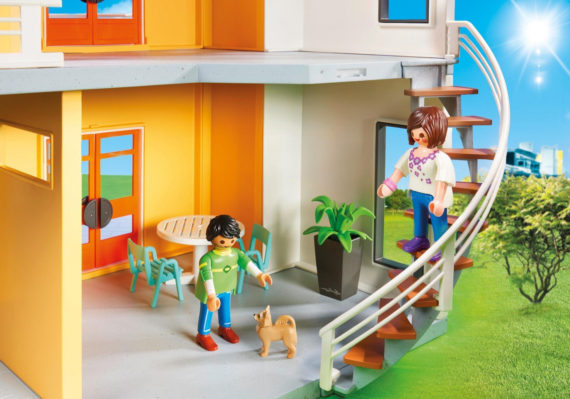 Playmobil maison moderne-l y a quelques étages liés avec escaliers.