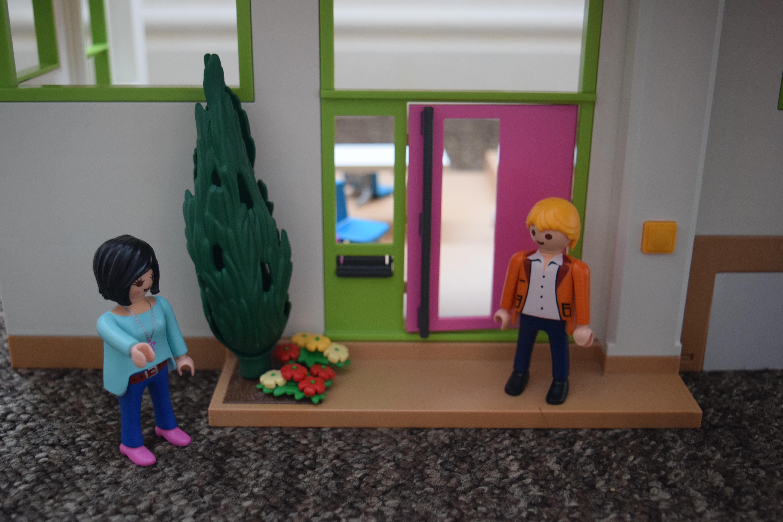 Maison moderne playmobil- une soirée romantique dans la maison.
