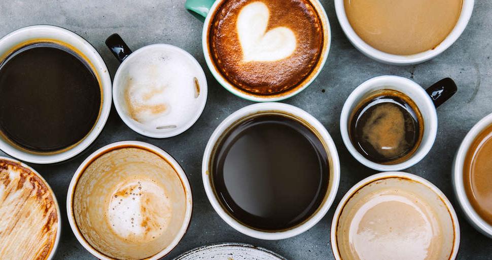 Seulement du café pour le petit-déjeuner - les premiers jours du régime seront durs, mais soyez patient.