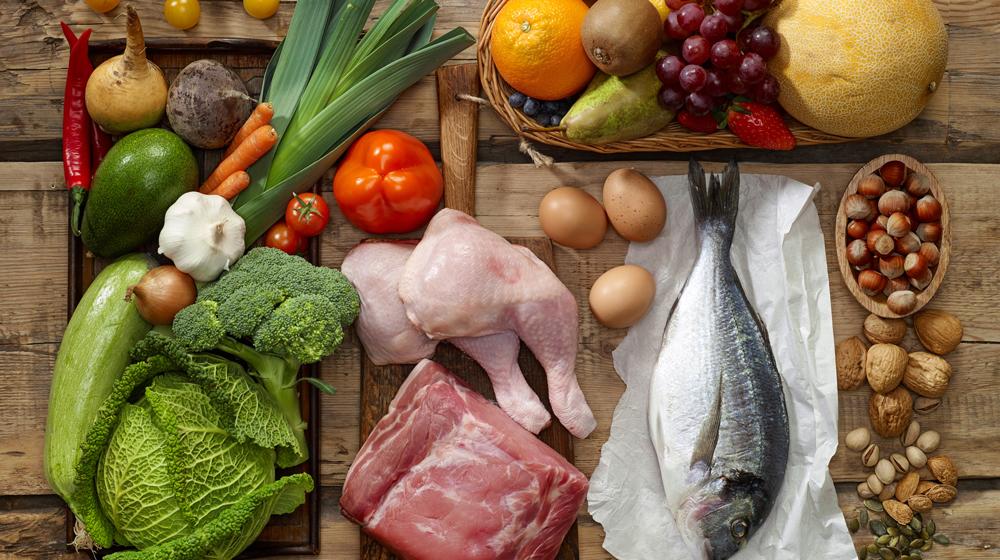 Viande, fruits et légumes - un régime équilibré pour perdre 10 kg.