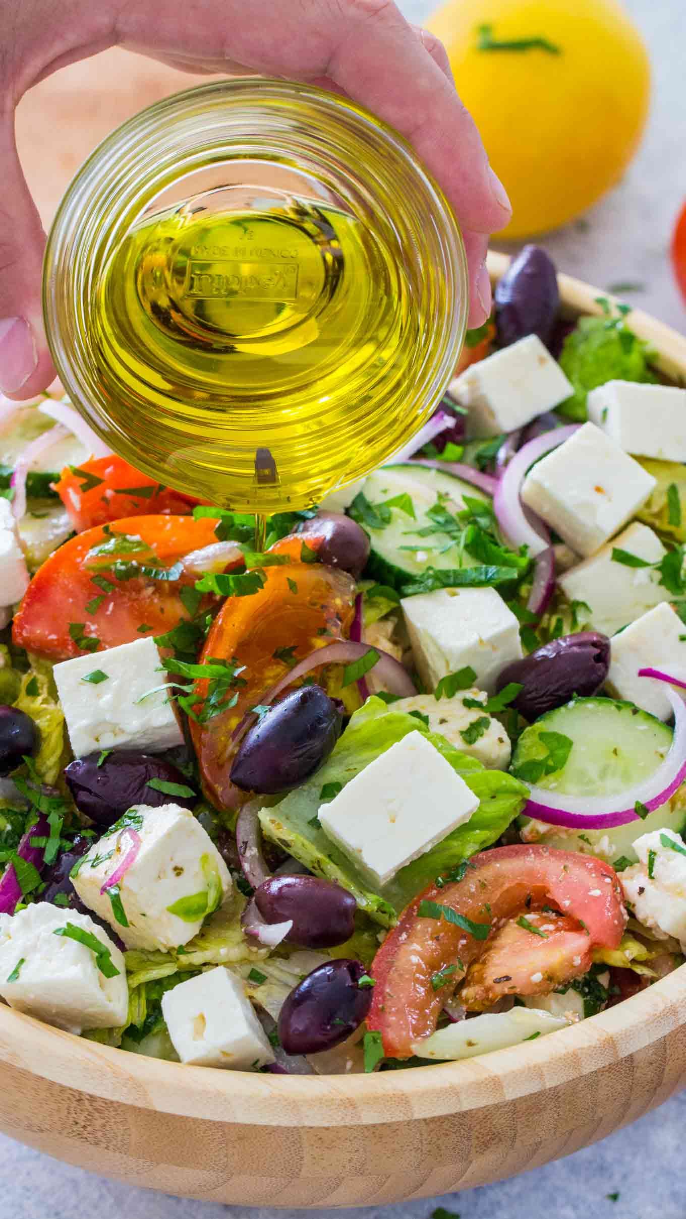 Salade grecque- une salade classique mais délicieuse