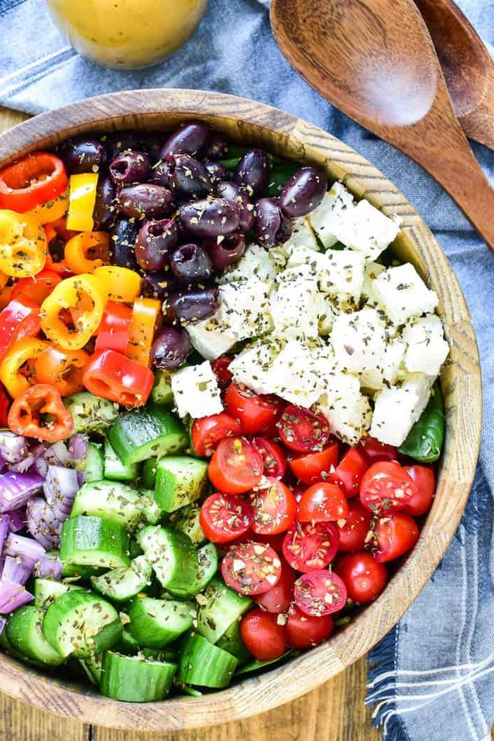 La salade grecque est une salade légère et gourmande