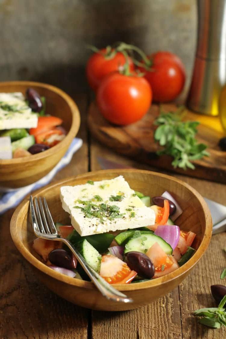 Envie d'une salade composée - la salade grecque est une idée géniale