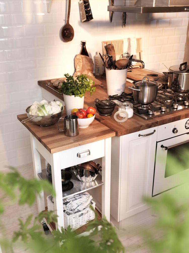 Ajouter des tiroirs supplémentaires et apporter convivialité et praticité à la cuisine - Ikea