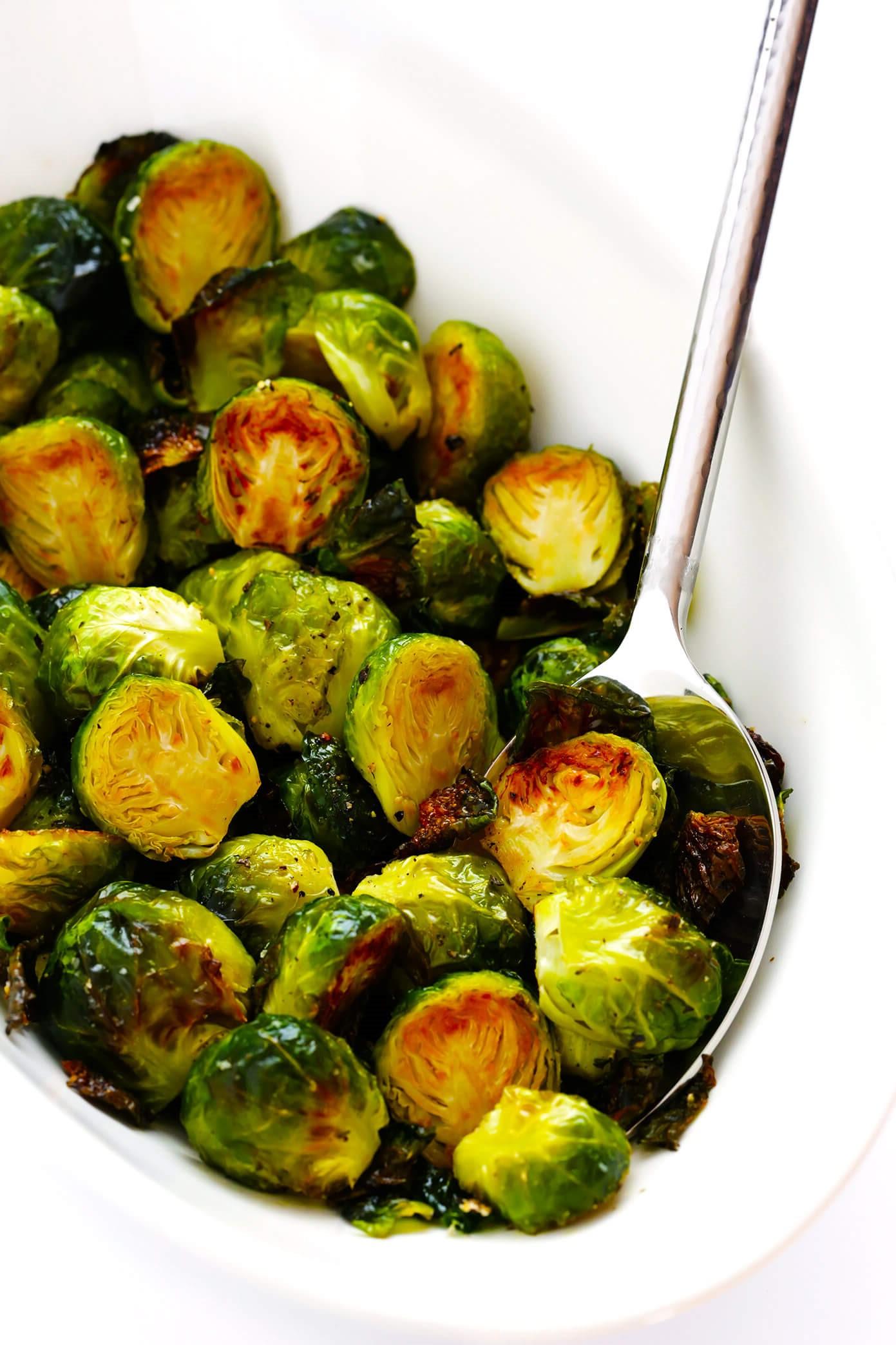 Les choux de Bruxelles sont des légumes très nutritifs, liés au brocoli et au chou frisé.