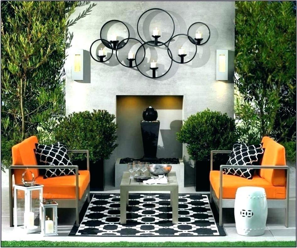 Ce magnifique candélabre créera l'atmosphère romantique dont vous avez besoin dans votre jardin.