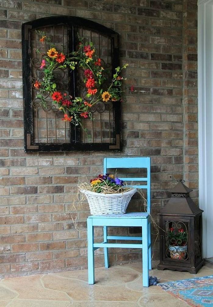 Si vous préférez, vous pouvez utiliser des fleurs séchées, car elles dureront plus longtemps.
