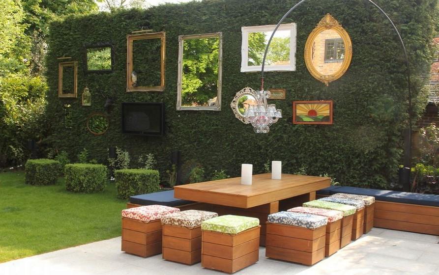 Avec cette belle décoration de mur extérieur, vous enchanterez chaque invité de votre maison!