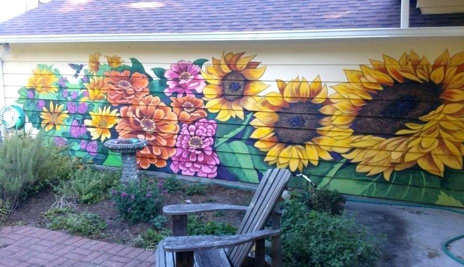 Ainsi, demander conseil à des experts en décoration de mur extérieur peut vous faire économiser beaucoup de temps et d'efforts.