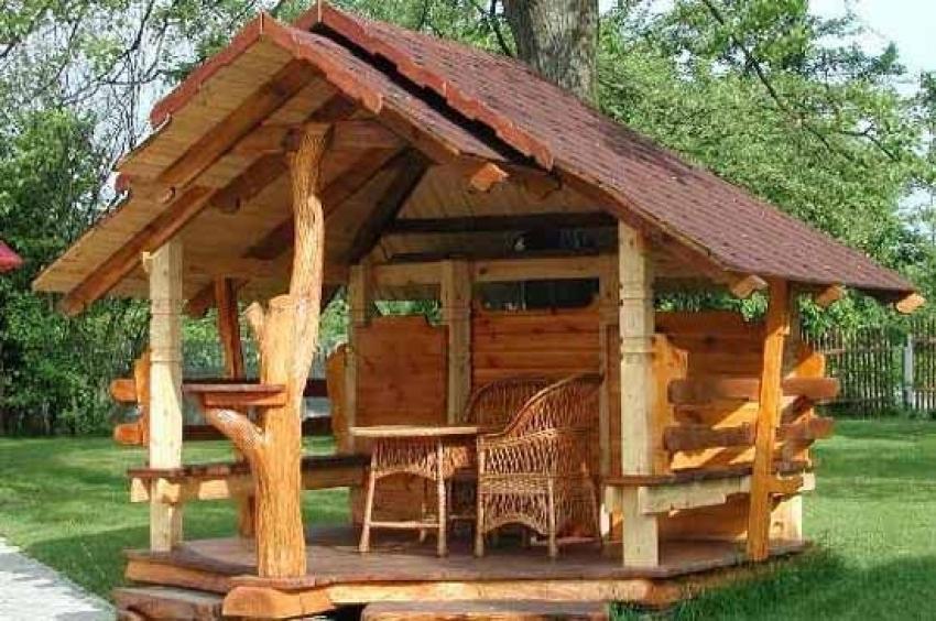 Déco dans le jardin - une maison d'été