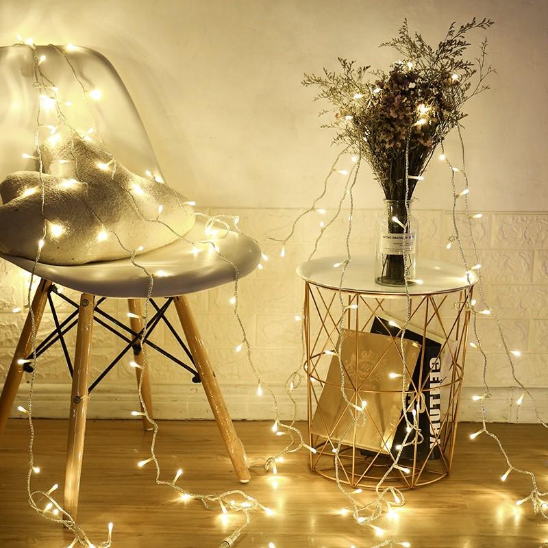 Avez-vous une chaise que vous n'utilisez jamais? Faites-en une installation artistique!