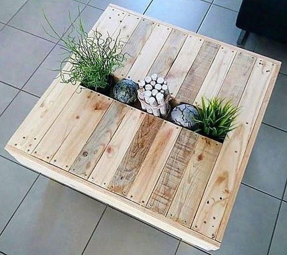 Meuble de palette - une idée de table insolite