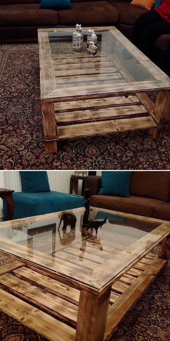 Meuble de palette - une table pour ler salon