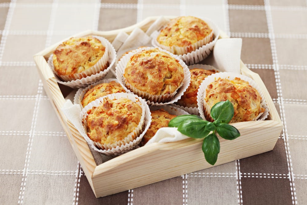 Muffins jambon, tomates et cheddar