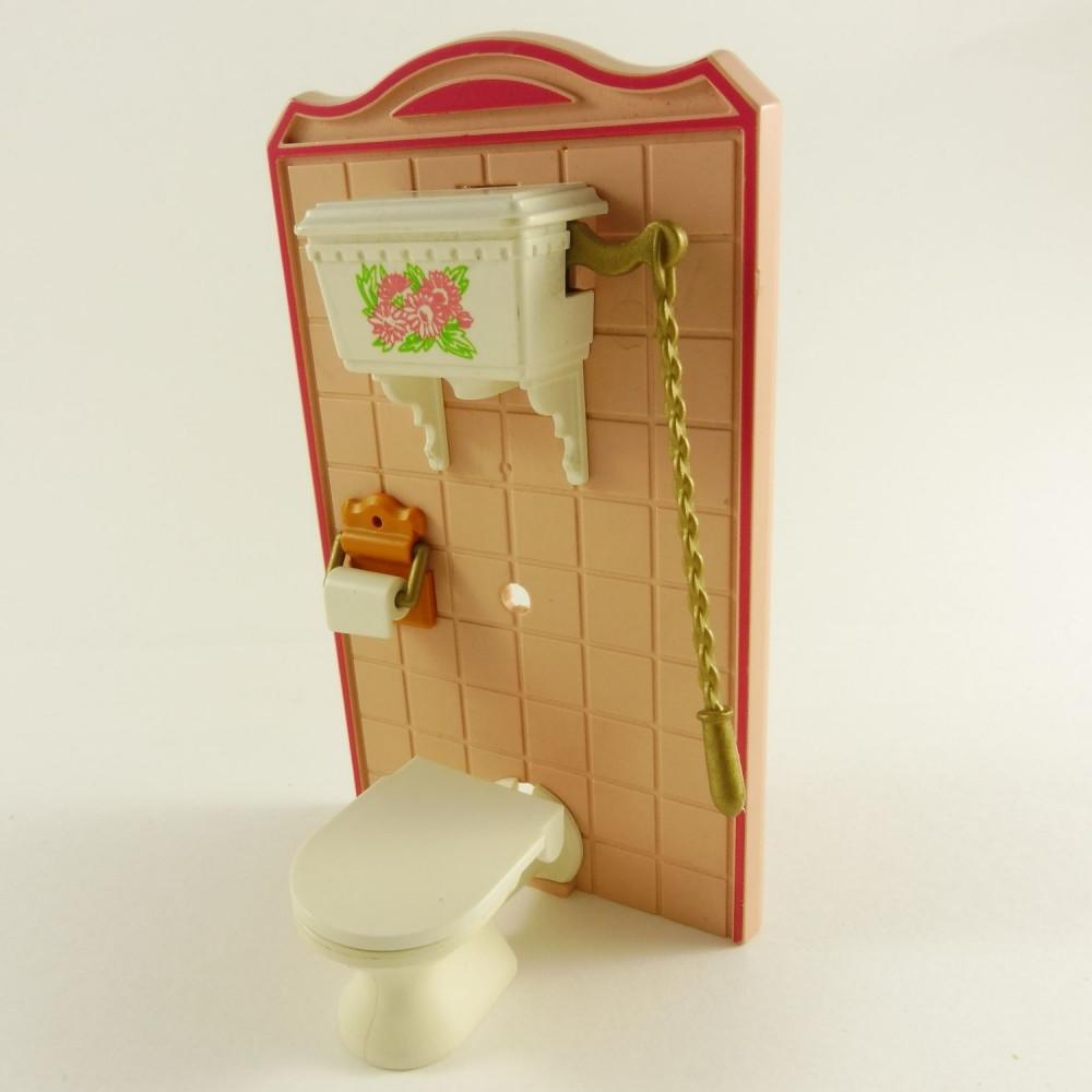 Les toilettes du passé