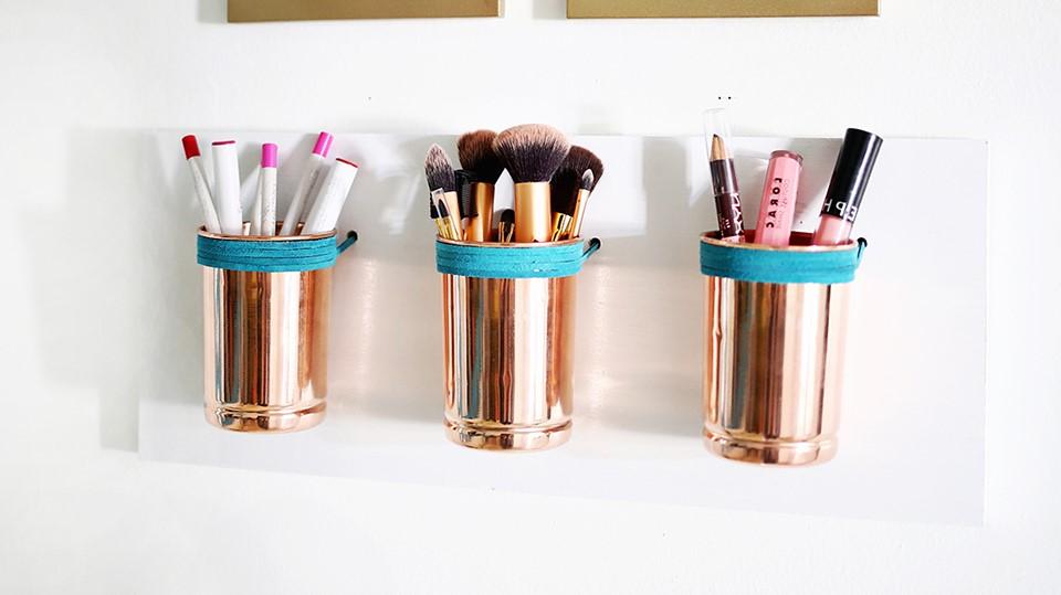 Voulez-vous savoir comment mettre votre maquillage en ordre? Alors continuez à lire!