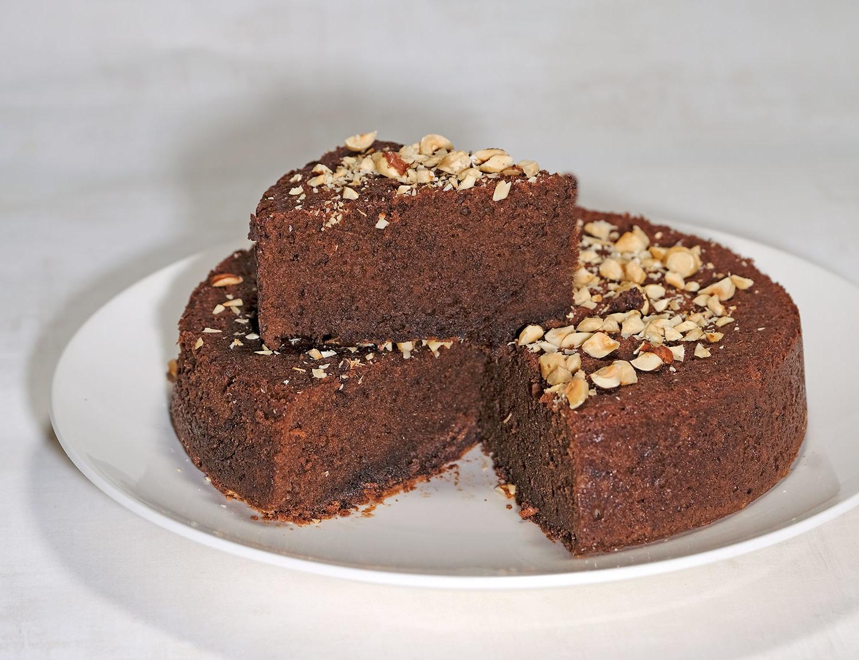 Une recette facile à faire – gâteau au chocolat et aux noisettes