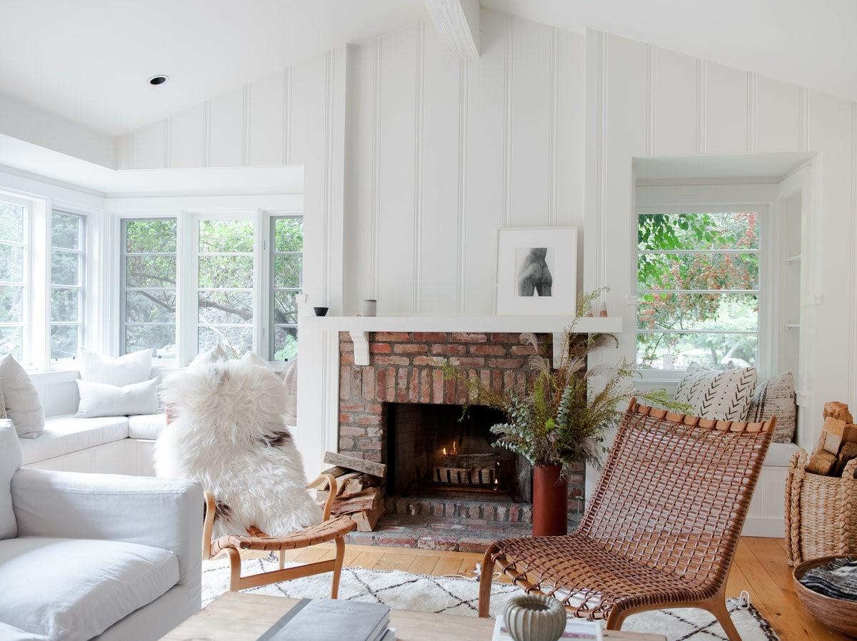 Un foyer à bois traditionnel est particulièrement réconfortant.