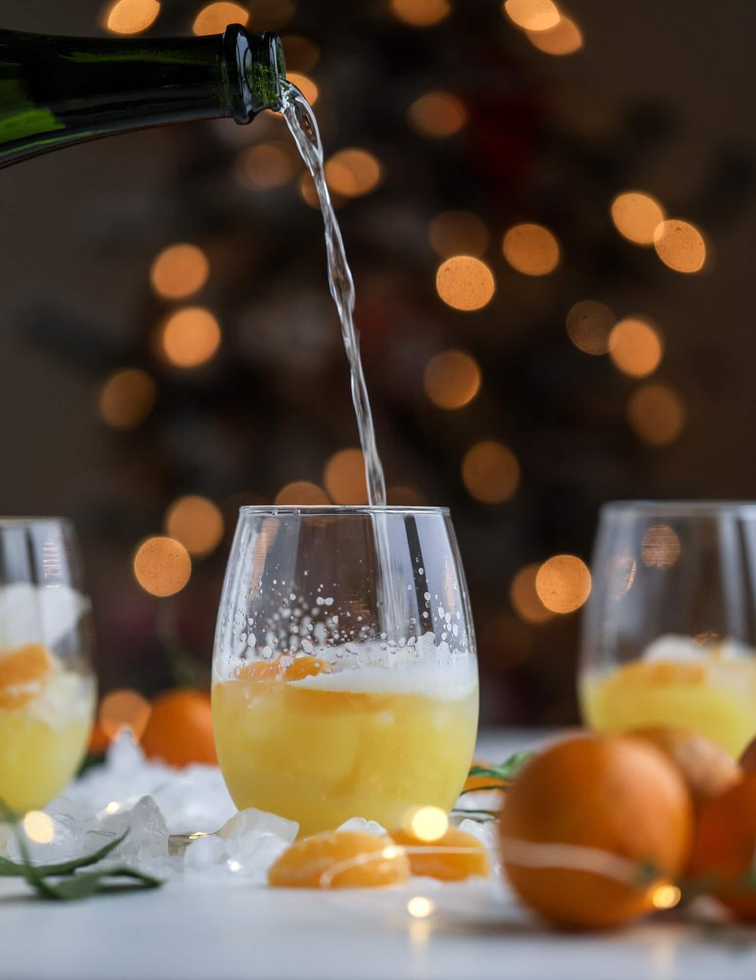 Si vous achetez du jus d'orange au magasin, optez pour du jus d'orange de qualité supérieure et non de concentré.