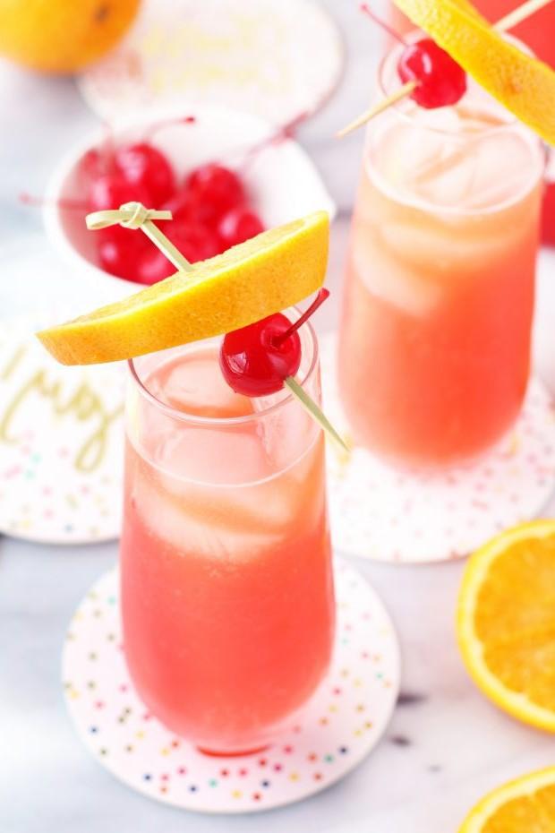 Si vous faites des mimosas classiques, sachez que la meilleure option est le jus d'orange frais.