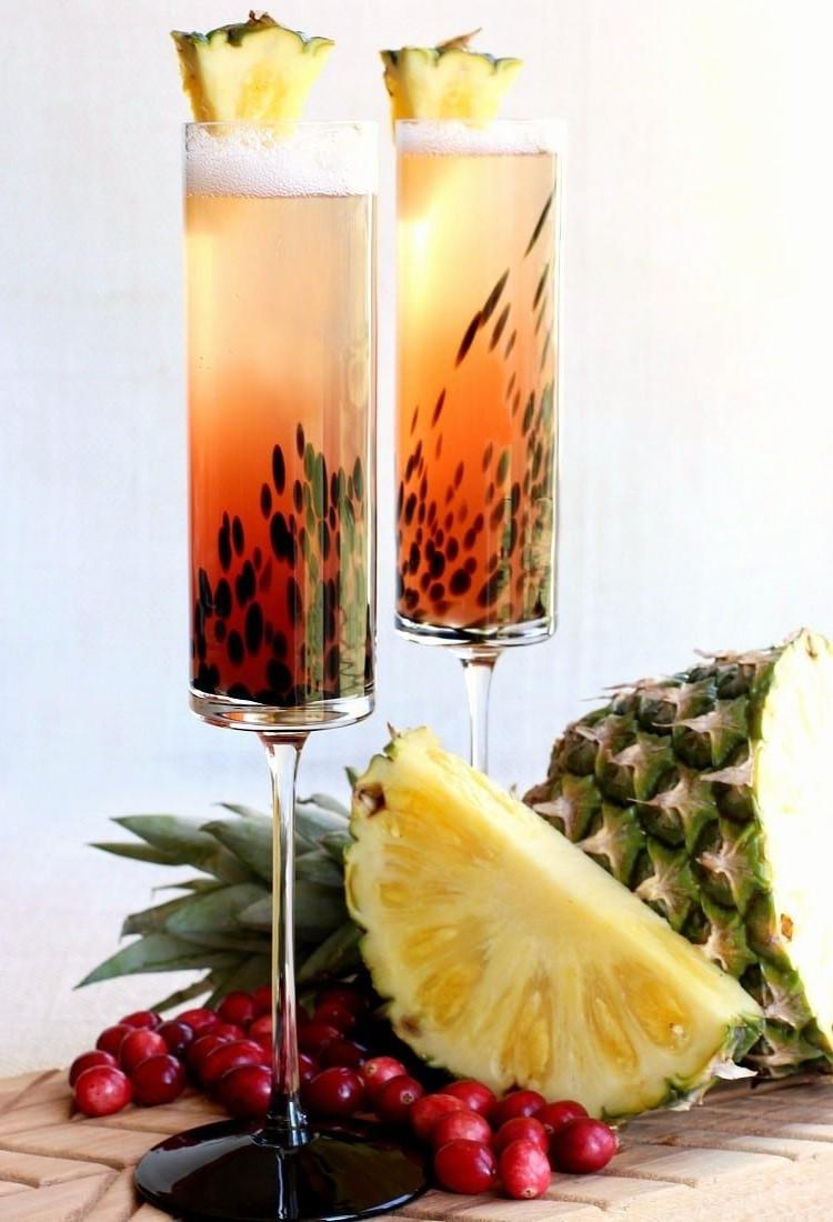La soupe de champagne est parfaite en combinaison avec les desserts à base de fruits tels que les tartes, les crêpes et tout dessert au beurre ou au miel.