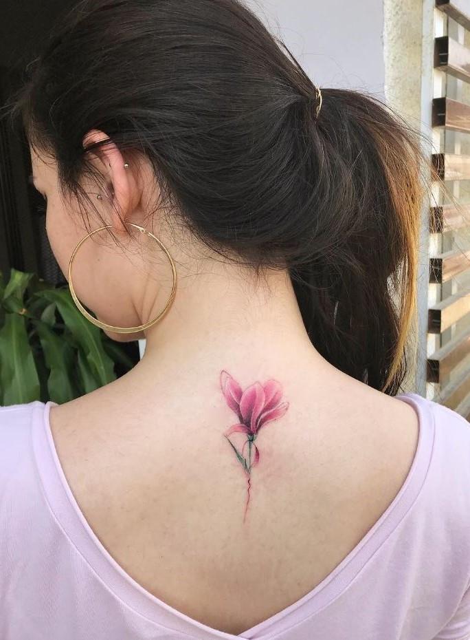 Bien que cette liste ne présente que quelques dessins de tatouages de fleurs, il en existe littéralement des milliers d'autres!
