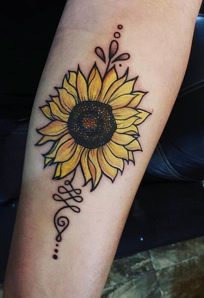 """Le tournesol est également connu comme une """"fleur heureuse"""". Il est difficile de trouver un symbole plus positif parmi les fleurs que le tournesol."""