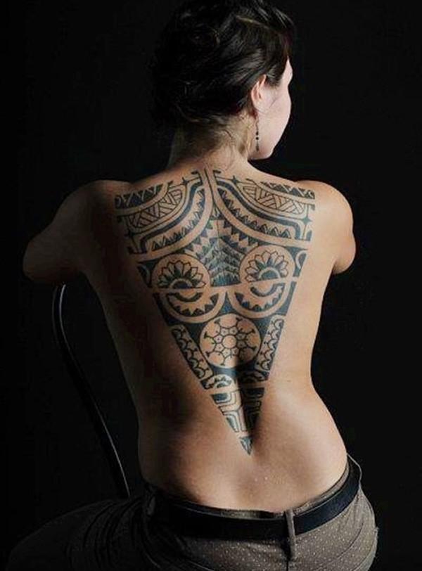 Lances: Ce symbole est probablement le motif le plus courant dans la signification du tatouage maori.