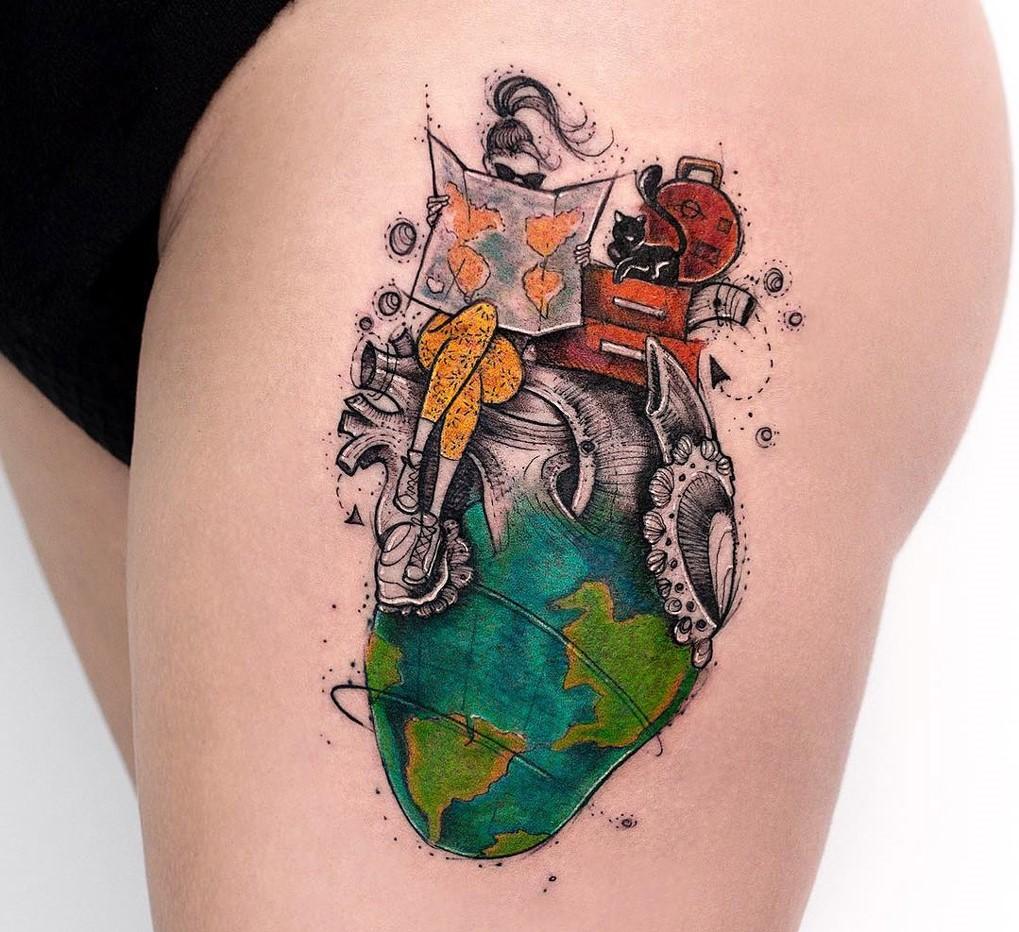 Un autre sens intéressant qui peut être attaché au tatouage du globe est la perception, car il montre que le propriétaire veut tout savoir sur la planète.
