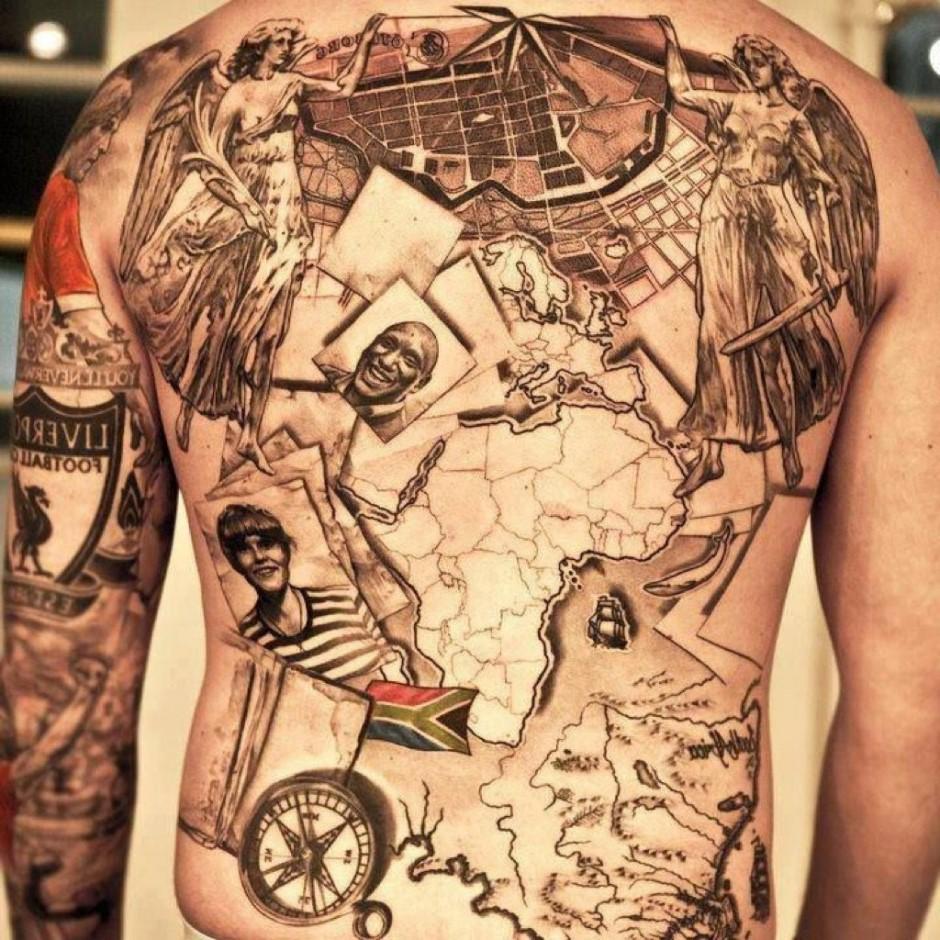 Vous pouvez ajouter différents motifs à ce type de tatouage de voyage afin de le personnaliser.