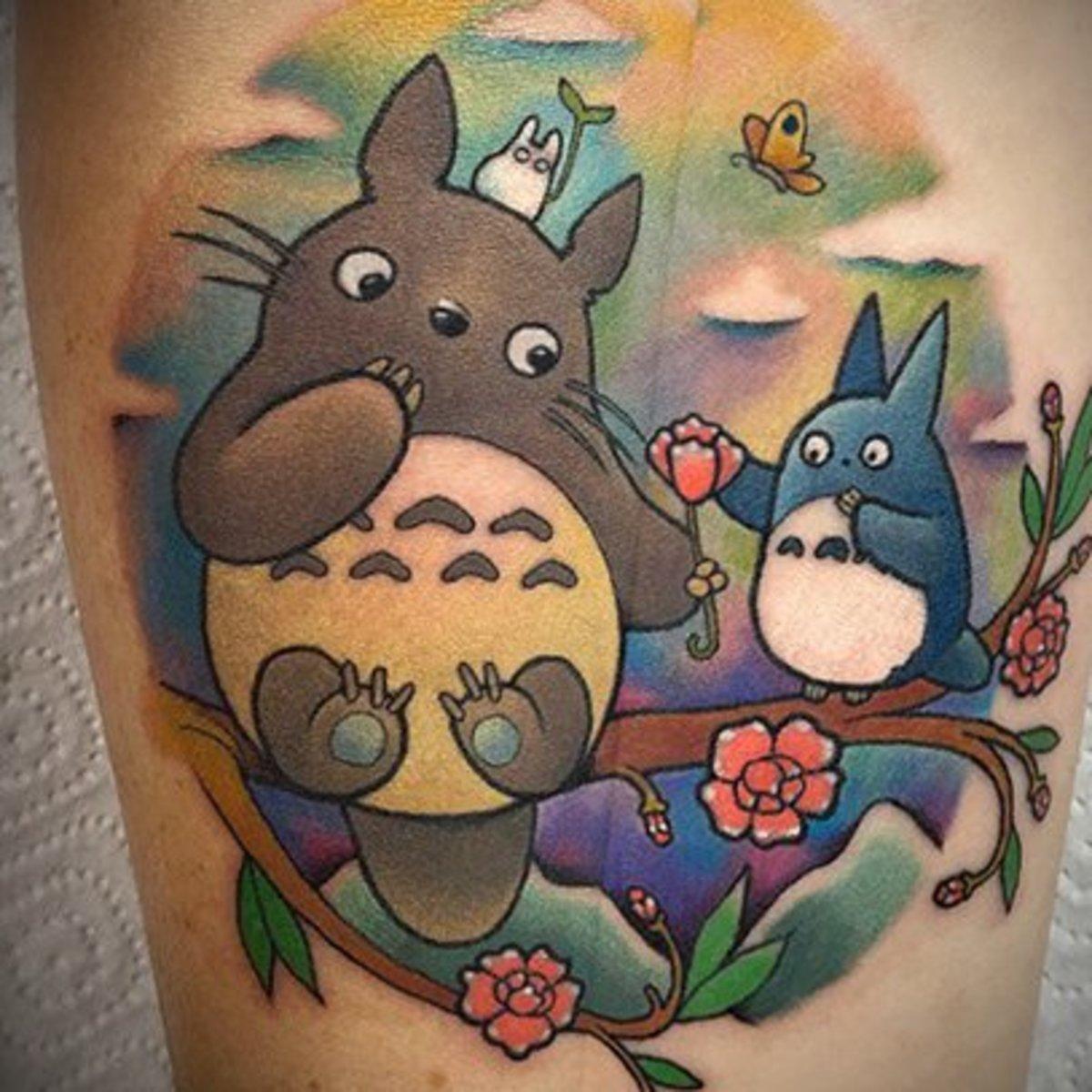 Tatouage Totoro- le style à l'aquarelle