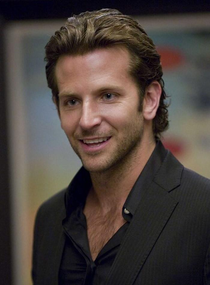 Bradley Cooper avec un «bro flow» parfaitement stylé.