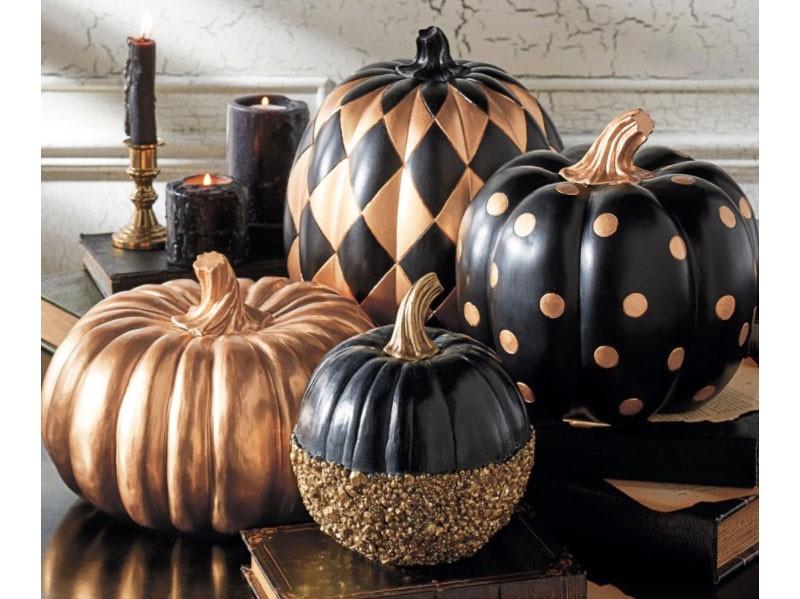 Au cours des quatre cents ans de leur domination sur les terres celtiques, deux fêtes d'origine romaine se sont combinées à la traditionnelle célébration celtique de Samhain.