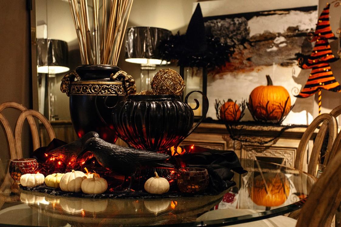Les fêtes étaient axées sur les jeux, la nourriture de saison et les costumes de fête.