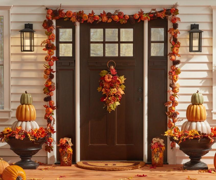 À cause de ces efforts, Halloween perdit l'essentiel de ses connotations superstitieuses et religieuses au début du vingtième siècle.