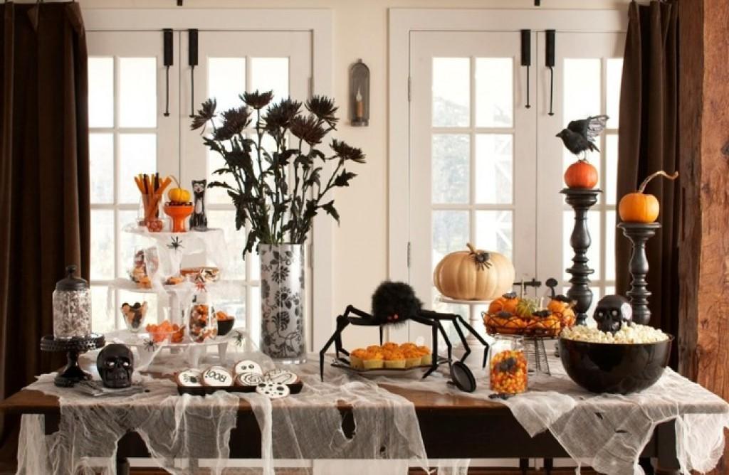 Que vous fassiez des farces, racontiez des histoires de fantômes sur un feu de camp ou organisiez des fêtes dans votre jardin, Halloween propose des événements amusants pour tous.