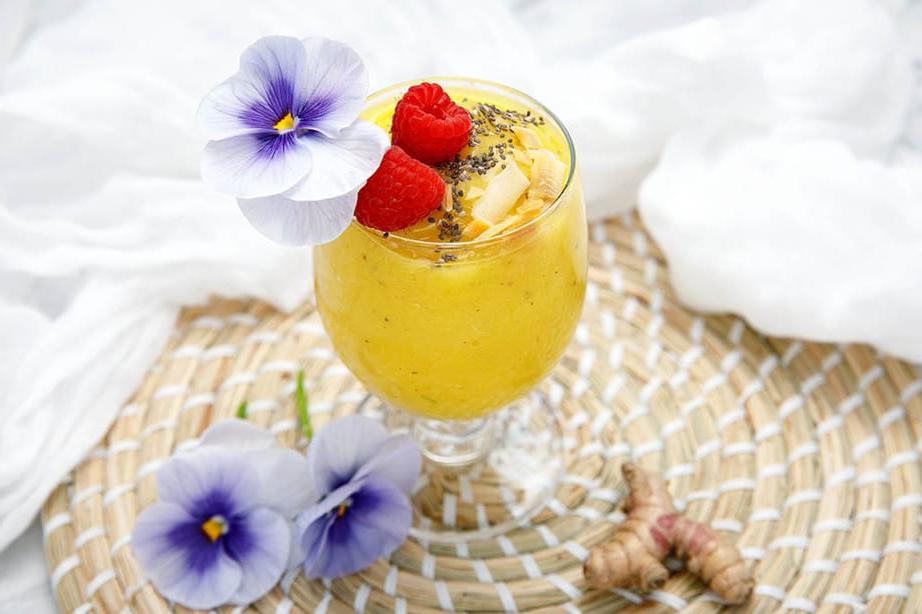 Un smoothie parfait avec mangue