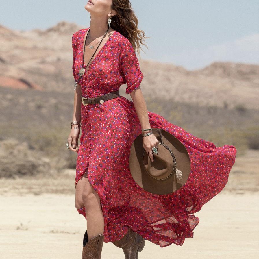 Découvrez comment choisir la meilleure robe longue bohème avec vos conseils.